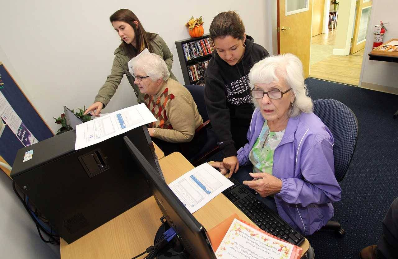 ASIG opens doors to technology for senior community