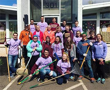 Bloomsburg University Honors students participate in BU's Big Event
